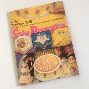 Vintage 1978 Wilton Cake Decorating Yearbook